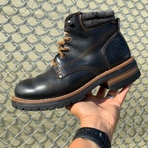 Vintage Leather Skechers boots